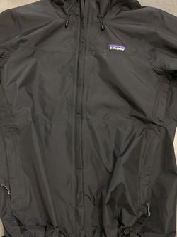 Patagonia small women's jacket for Sale in Whittier,  CA