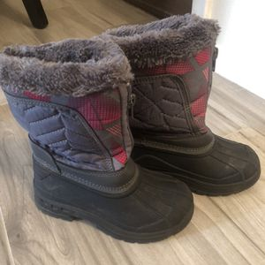 Girls Snow Boots Size 10 for Sale in Mesa, AZ