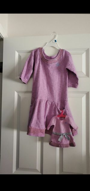 American girl dress (size 8, will fit girl 5-7) and matching dress for a girl for Sale in Everett, WA