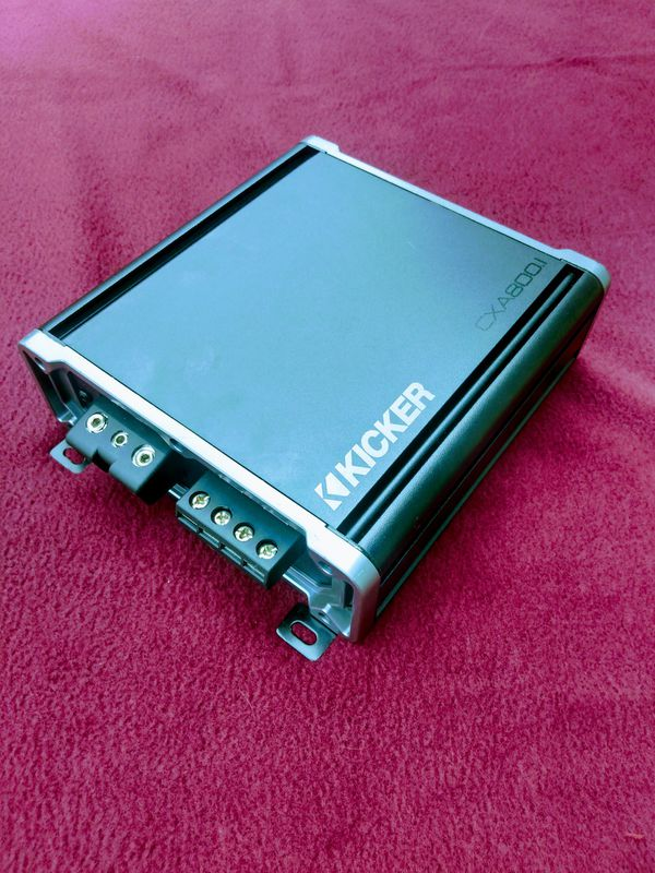 Kicker cxa 800.1 monoblock used amplifier with new bass knob 250.00 or 210.00 without bass knob. Pick up