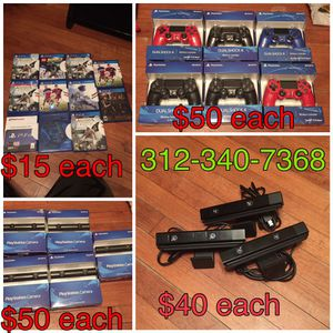 Ps4 controller & camera for Sale in Chicago, IL
