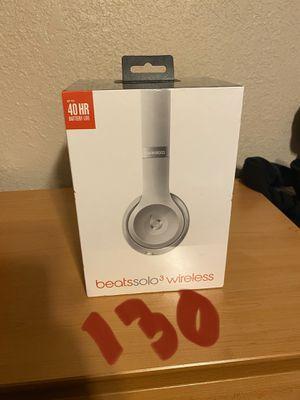 Beats solo 3 wireless silver for Sale in Whittier, CA