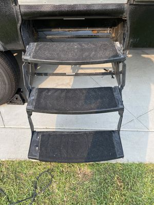 Lippert Components 432687 Step Triple RV / Toy Hauler for Sale in Covina, CA