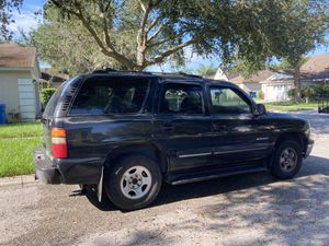 2000 Chevy Tahoe $1200 or obo for Sale in Tampa, FL
