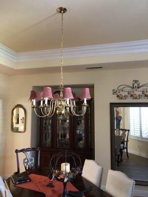 Chandelier 8 Light for Sale in Clovis, CA