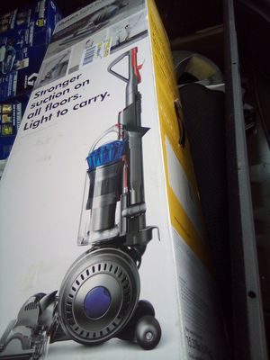 Dyson ball light vacuum new in the box for Sale in Mesquite, TX