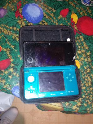 Nintendo 3ds with charger and case for Sale in Pawtucket, RI