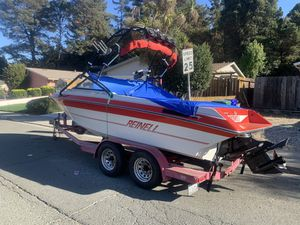 1992 Reinell inboard 8 passenger sports boat cruiser for Sale in Pinole, CA