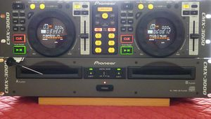 Pioneer CD DJ set..... 4 channel Vestex mixer Included for Sale in Washington, DC