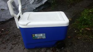 Igloo Wheeled Cooler for Sale in Cypress Gardens, FL