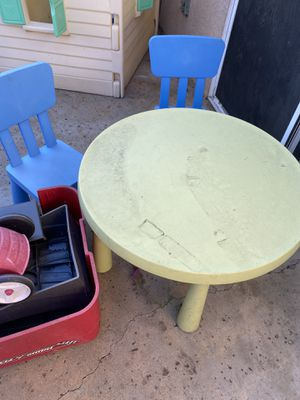 IKEA kids table and 4 chairs for Sale in El Cajon, CA
