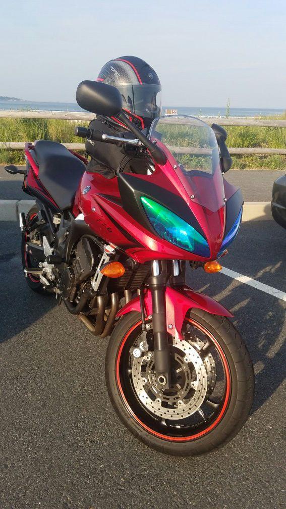 Yamaha fz6 with only 6k street bike motorcycle