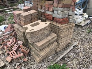 Various landscaping blocks for sale. Selling at different prices. Going out of business and need them gone for Sale in Trenton, IL