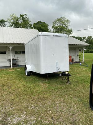 6.5 tall walk in 6x10 enclosed trailer for Sale in Baytown, TX