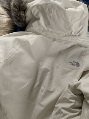North face large and Calvin Klein xxL for Sale in Columbus, OH
