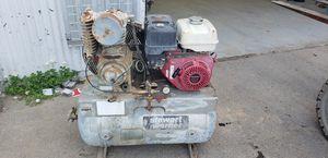 30 gallon air compressor for Sale in Ballico, CA