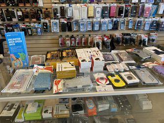 IPhone Samsung case/phone holder/headphones for Sale in Renton,  WA