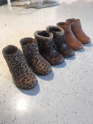 Like new size 5 toddler girl boots for Sale in Granite Falls, WA