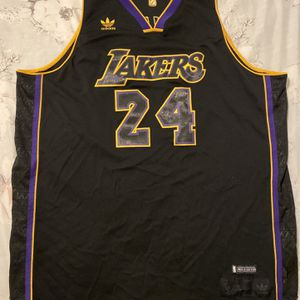 Lakers Bryant 24 Jersey for Sale in Seattle, WA