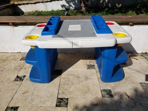 Kids activity desk for Sale in Los Angeles, CA
