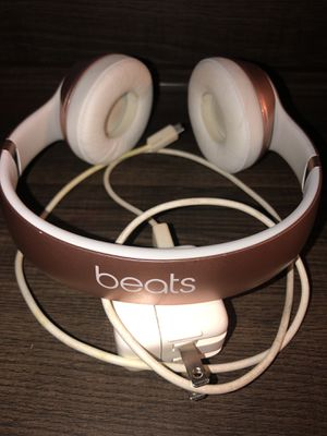 APPLE BEATS SOLO 3 WIRELESS for Sale in Indianapolis, IN