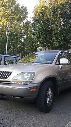 2000 Lexus RX300 AWD for Sale in Trenton, NJ