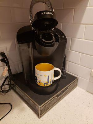 Keurig coffee maker, single cup for Sale in Ocoee, FL