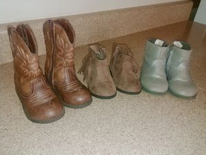 Toddler girls boots size 5 for Sale in Sallisaw, OK
