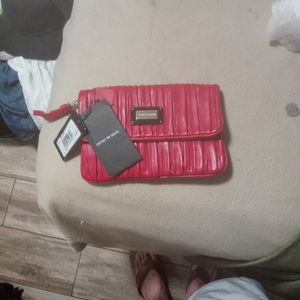 Emporio Armani Womens Hand Bag for Sale in Reedley, CA