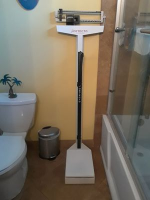 Bathroom or gym scale for Sale in Downey, CA