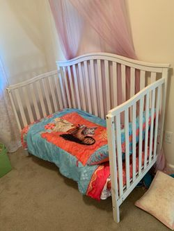 Crib/Toddler Bed for Sale in Bothell,  WA