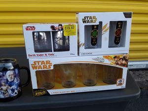 STAR WARS GLASS COLLECTIBLE for Sale in Columbia, SC