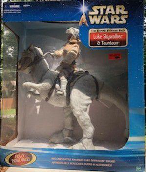 Star Wars: luke on tauntaun: Hoth 12 inch action figure for Sale in Lilburn, GA