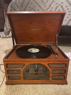 Slightly used Record player!! for Sale in Smyrna, GA