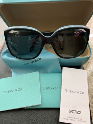 Tiffany & Co. Sunglasses for Sale in Columbus, OH
