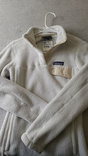 Patagonia Pullover Jacket (Size XS Womens) for Sale in Roseville, CA