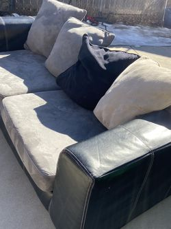 Free Couch for Sale in Littleton,  CO