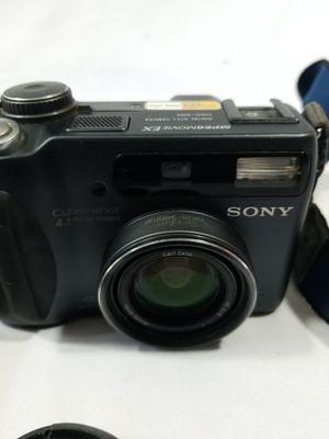 Sony Cyber-shot DSC-S85 Digital Camera - 4.1MP - Carl Zeiss Zoom Lens for Sale in Winter Springs, FL