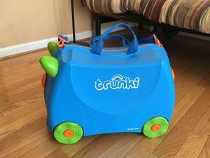 Kids luggage /toy storage b for Sale in Alexandria, VA