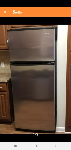 Whirlpool Stainless Steel Refrigerator for Sale in Dallas, TX