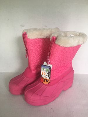 Girls Snowshoes waterproof snow boots or great for rain. Size 4 brand new never used for Sale in Santa Ana, CA