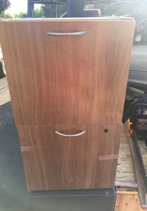 2 drawer vertical brown for Sale in Warminster, PA