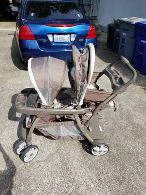 Graco ready to grow double stroller for Sale in Puyallup, WA