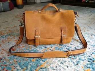 Leather Messenger Bag for Sale in Goodlettsville,  TN