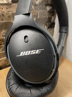 Used Bose SoundLink around-ear wireless headphones II - Headphones with mic - full size - wireless - Bluetooth - black for Sale in Brooklyn,  NY