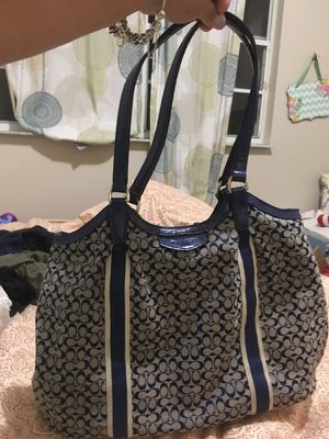 Large Coach Bag for Sale in Miami, FL