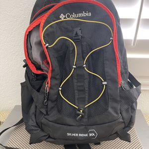 Columbia Silver Ridege 30L Backpack for Sale in Altadena, CA