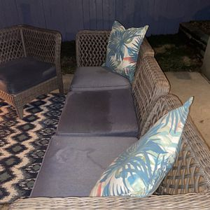 Wicker Patio Furniture for Sale in St. Louis, MO