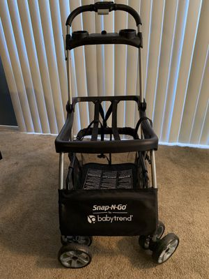 Baby Trend Snap n go infant car seat holder for Sale in San Bernardino, CA