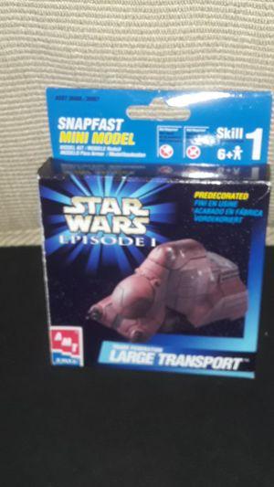 VINTAGE MINI ERTL/ AMT MODEL KIT STAR WARS LARGE TRANSPORT MINI SCALE SNAP FAST NEW for Sale in Providence, RI